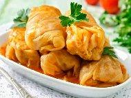 Рецепта Постни зелеви сарми от прясно зеле с плънка от чушки, моркови и лук (без ориз)